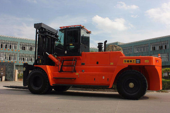 Picture 2:Heavy dutch forklifts