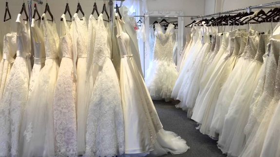 Picture 2:New wedding dresses stocklots