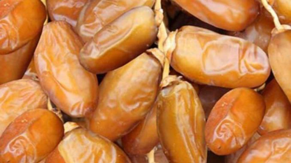 Picture 2:Extra tunisian dates   deghlet nour